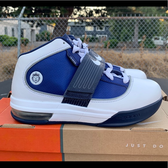 competitive price 498b2 952c9 NIKE ZOOM LEBRON SOLDIER 4 IV TB WMNS - SIZE 7